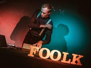 Foolk